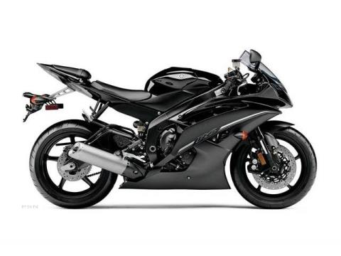 2012 Yamaha YZF-R6 in Pinellas Park, Florida - Photo 1