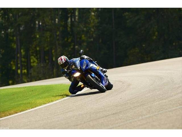 2012 Yamaha YZF-R6 World GP 50th Anniversary Edition in Pinellas Park, Florida - Photo 25