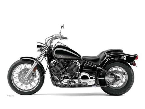 2013 Yamaha V Star 650 Custom in Crystal Lake, Illinois