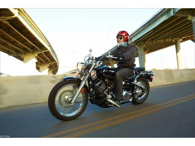 2013 Yamaha V Star 650 Custom in Racine, Wisconsin - Photo 10