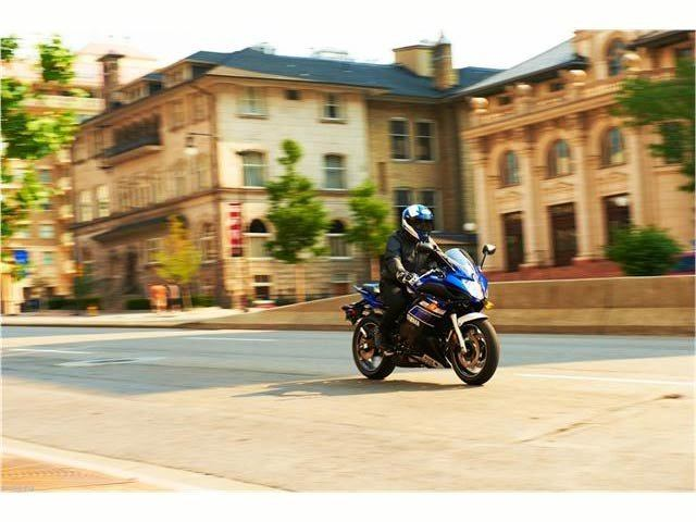 2013 Yamaha FZ6R in Cary, North Carolina - Photo 16