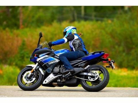 2013 Yamaha FZ6R in Middletown, New Jersey - Photo 14
