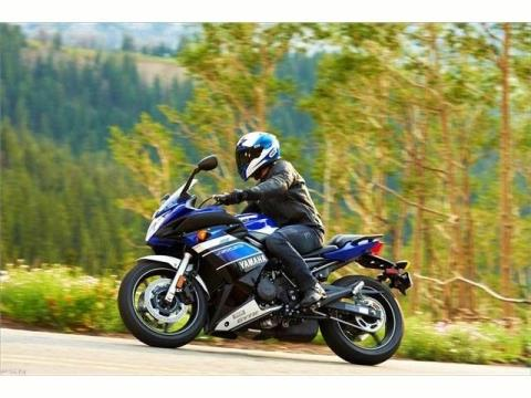 2013 Yamaha FZ6R in Middletown, New Jersey - Photo 10