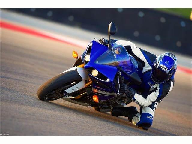 2013 Yamaha YZF-R1 in Pinellas Park, Florida - Photo 28