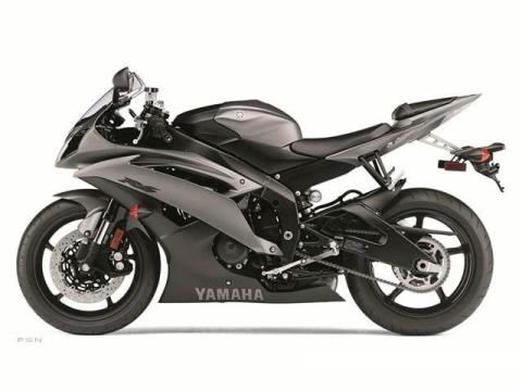 2013 Yamaha YZF-R6 in Sanford, North Carolina - Photo 6