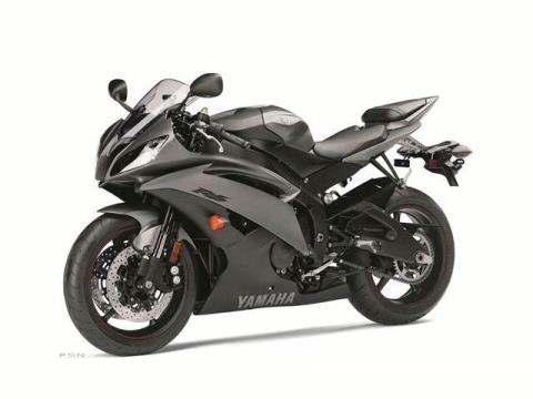 2013 Yamaha YZF-R6 in Sanford, North Carolina - Photo 8