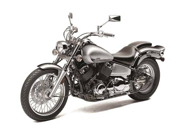 2014 Yamaha V Star 650 Custom in Hicksville, New York