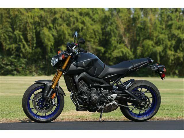 2014 Yamaha FZ-09 6