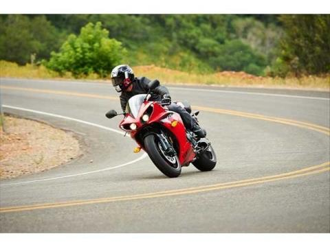 2014 Yamaha YZF-R1 in Wichita Falls, Texas - Photo 13