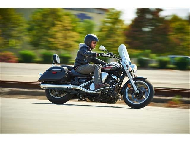 2014 Yamaha V Star 950 Tourer in Danville, West Virginia