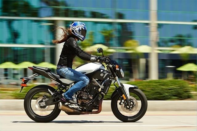 2015 Yamaha FZ-07 9