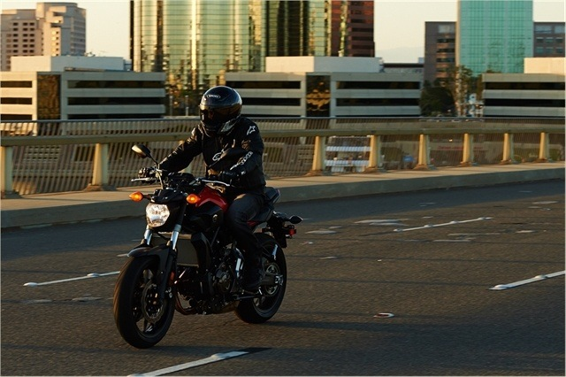 2015 Yamaha FZ-07 in Brilliant, Ohio - Photo 24