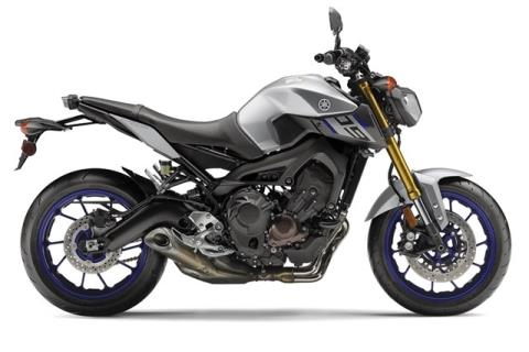 2015 Yamaha FZ-09 in Dallas, Texas