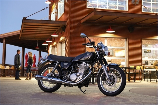 2015 Yamaha SR400 in Mount Vernon, Ohio