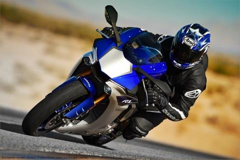 2015 Yamaha YZF-R1 in Norfolk, Virginia - Photo 15