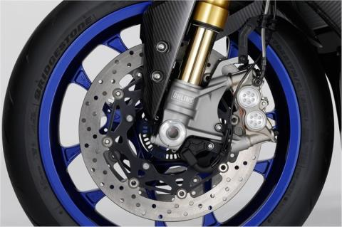 2015 Yamaha YZF-R1M in Simi Valley, California - Photo 22