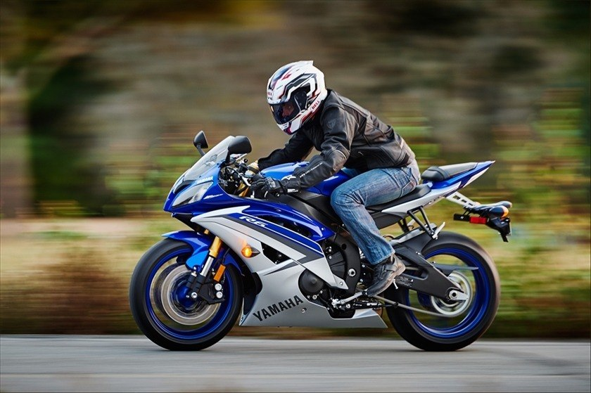 New 2015 yamaha yzf r6 motorcycles in delano mn pearl for Yamaha motor finance usa payment
