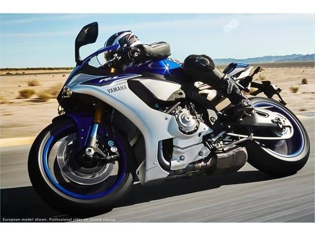 2015 Yamaha YZF-R1 12