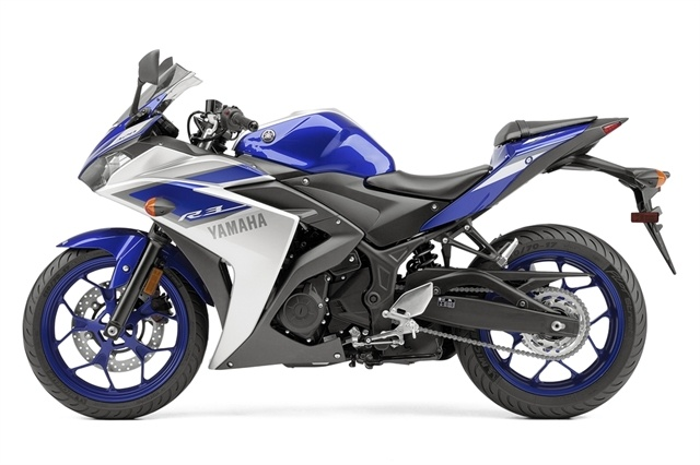2015 Yamaha YZF-R3 in Geneva, Ohio