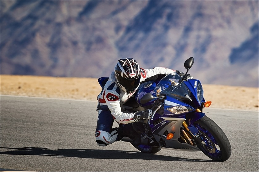 2015 Yamaha YZF-R6 10