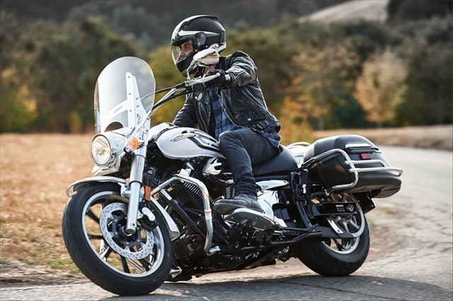 2015 Yamaha V Star 950 Tourer in Denver, Colorado