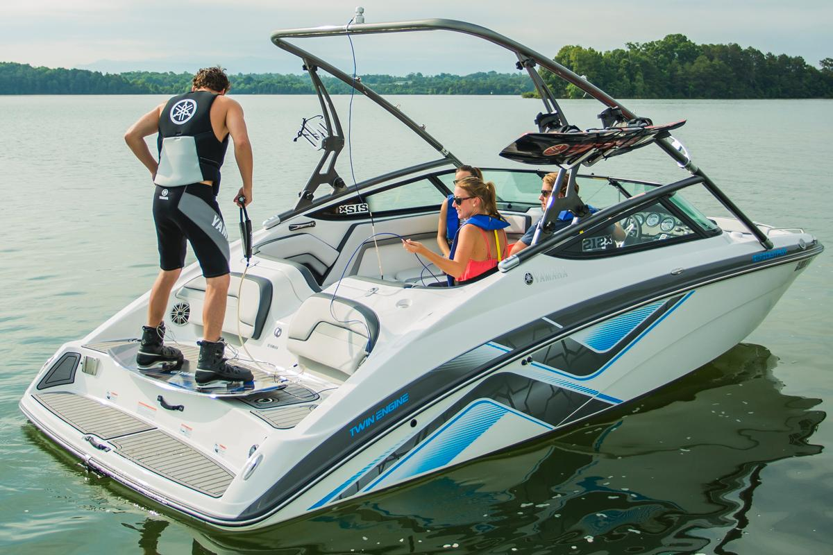 New 2015 Yamaha 212X Power Boats Inboard in Lafayette, LA