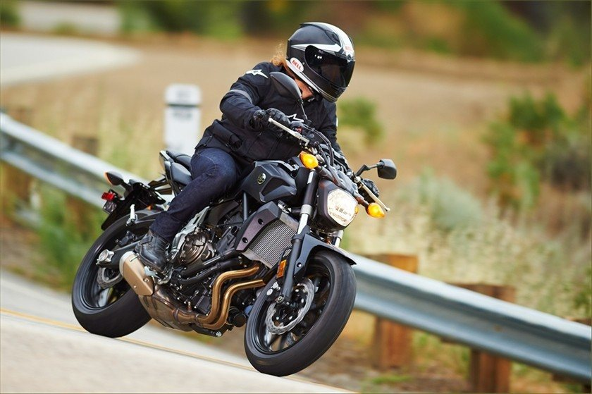 2016 Yamaha FZ-07 in Johnson City, Tennessee - Photo 8
