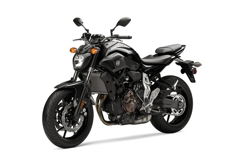 2016 Yamaha FZ-07 in Bakersfield, California - Photo 6