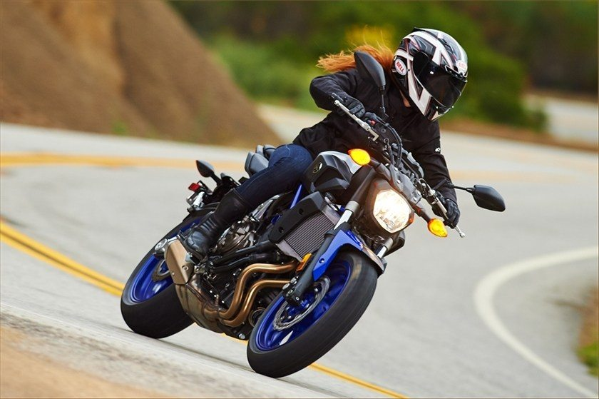 2016 Yamaha FZ-07 in Bakersfield, California - Photo 8