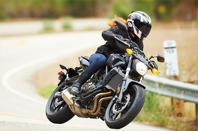 2016 Yamaha FZ-07 in Bakersfield, California - Photo 14