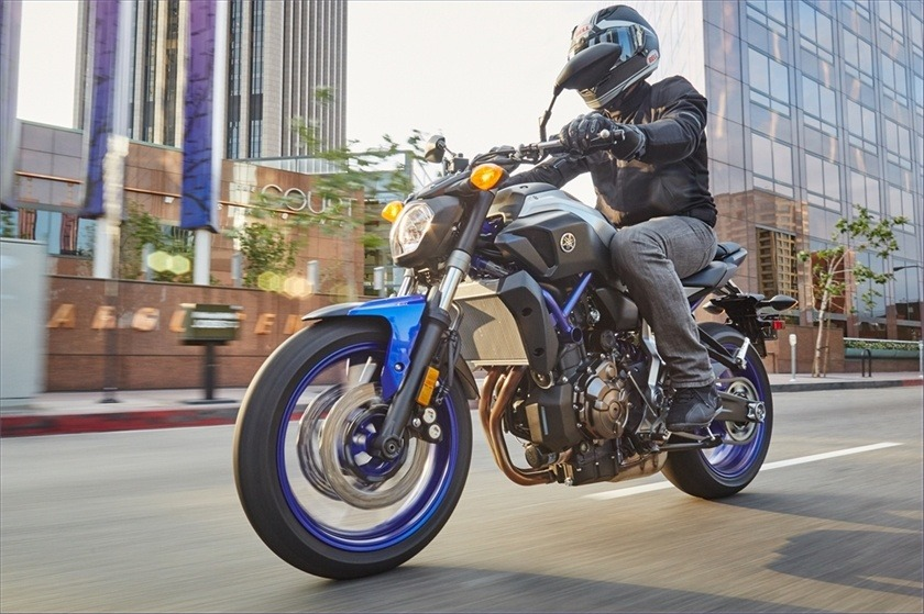2016 Yamaha FZ-07 in Bakersfield, California - Photo 19