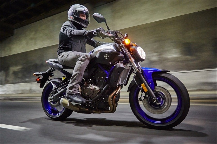 2016 Yamaha FZ-07 in Bakersfield, California - Photo 22