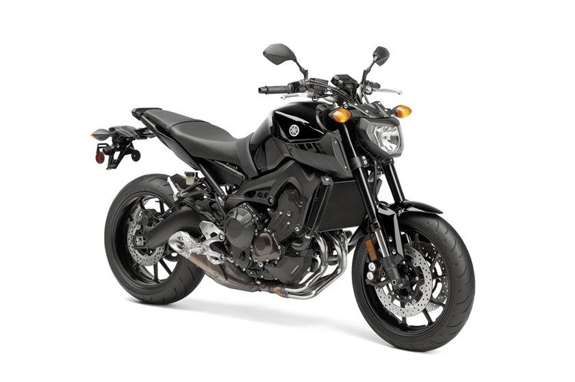 2016 Yamaha FZ-09 in Norfolk, Virginia - Photo 3