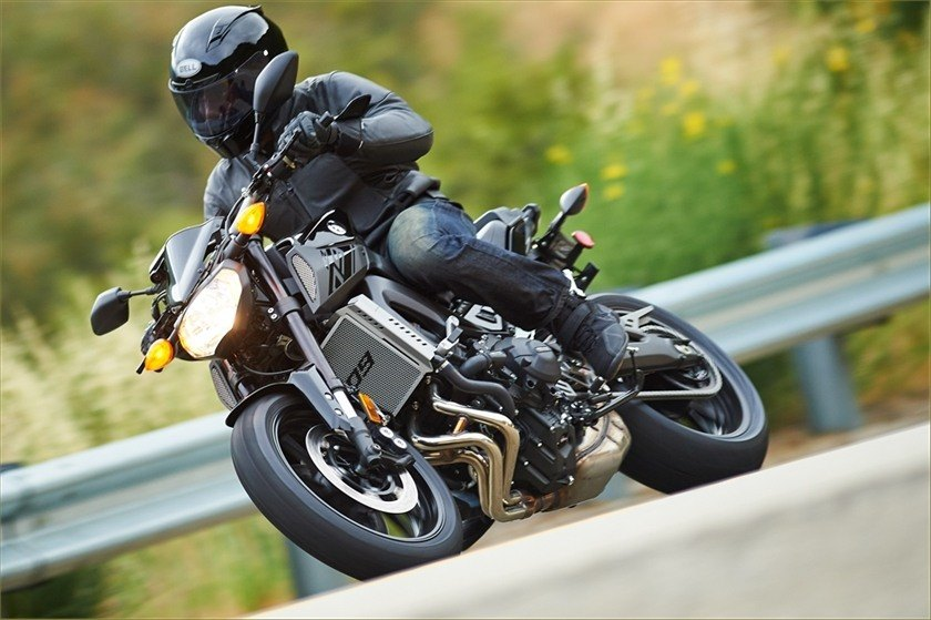 2016 Yamaha FZ-09 in Norfolk, Virginia - Photo 6