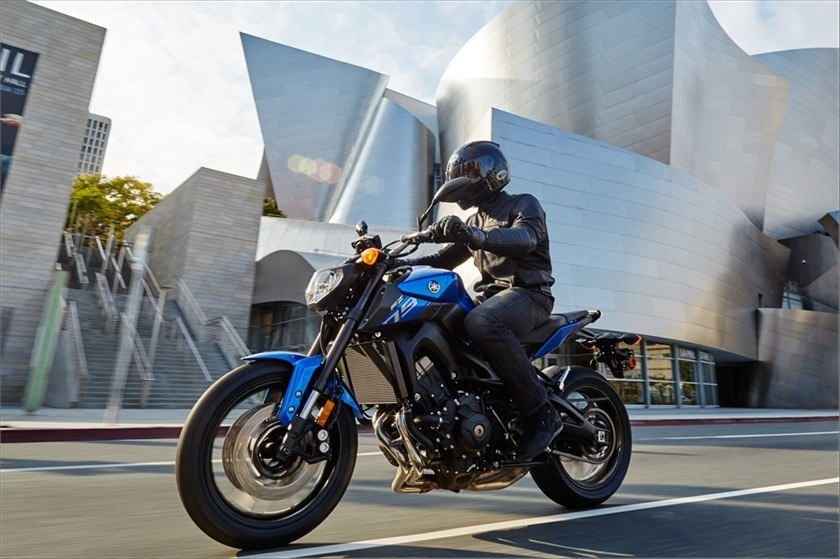 2016 Yamaha FZ-09 in Norfolk, Virginia - Photo 15