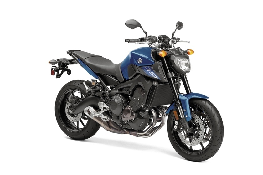 2016 Yamaha FZ-09 in Roseville, California