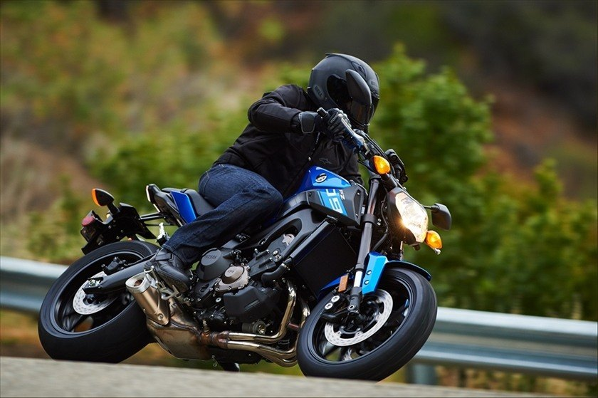 2016 Yamaha FZ-09 in Pittsburgh, Pennsylvania