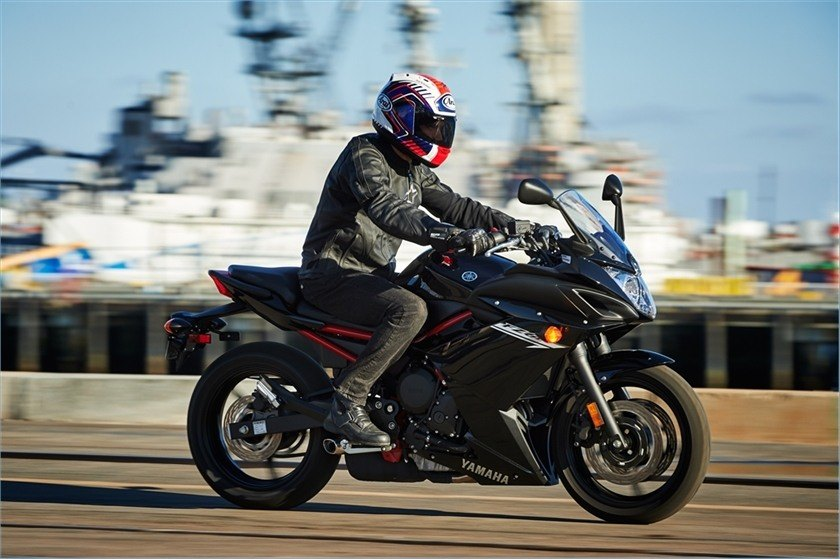 2016 Yamaha FZ6R in Miami, Florida