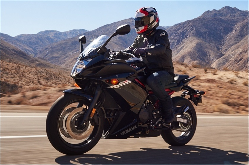 2016 Yamaha FZ6R in Denver, Colorado