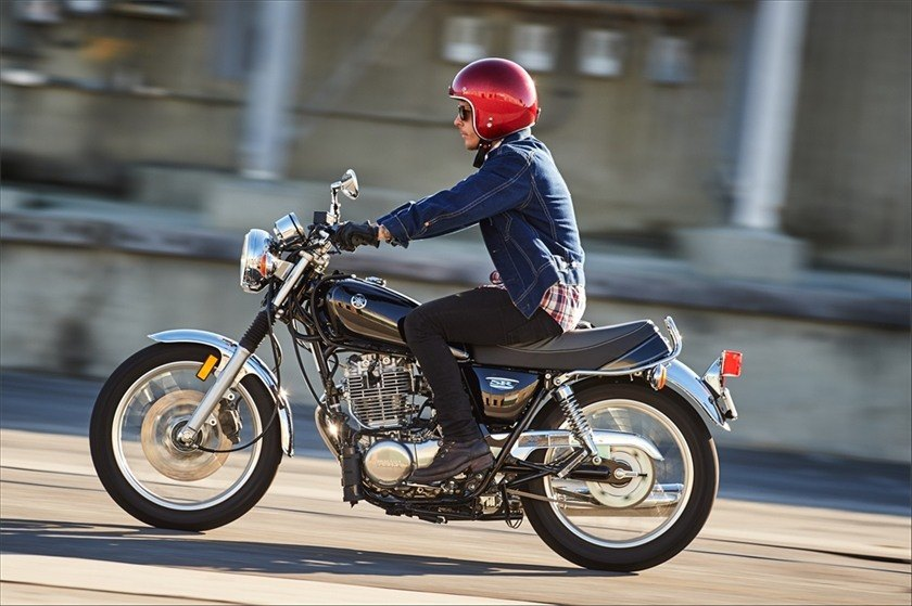 2016 Yamaha SR400 in Shelby Township, Michigan - Photo 18
