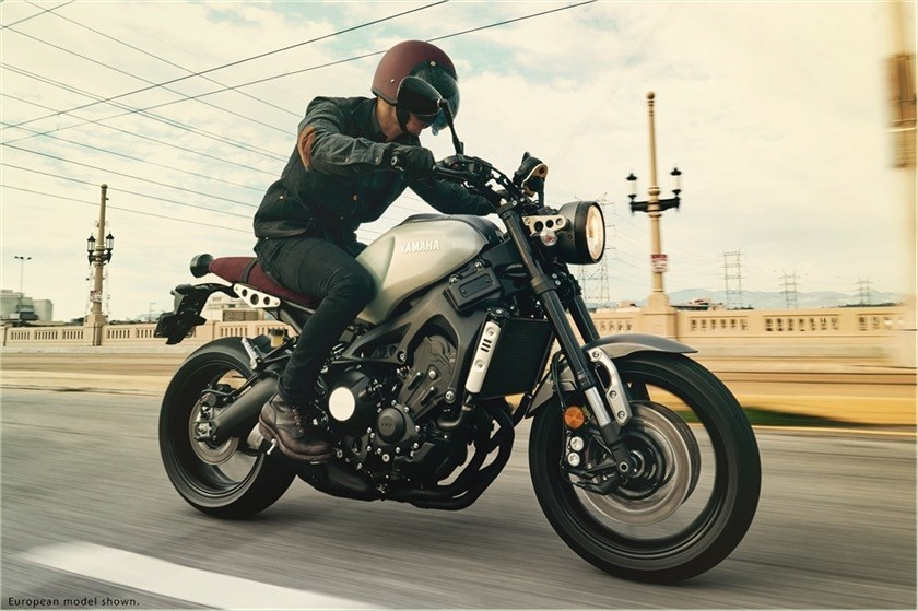 2016 Yamaha XSR900 in Derry, New Hampshire