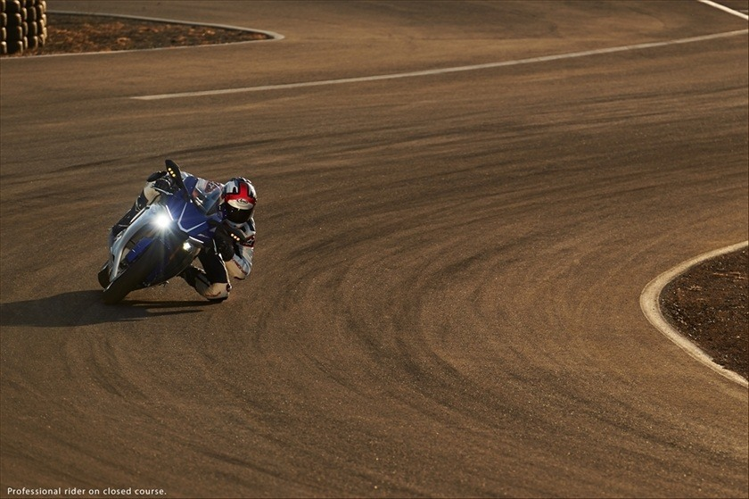 2016 Yamaha YZF-R1 in Brooklyn, New York