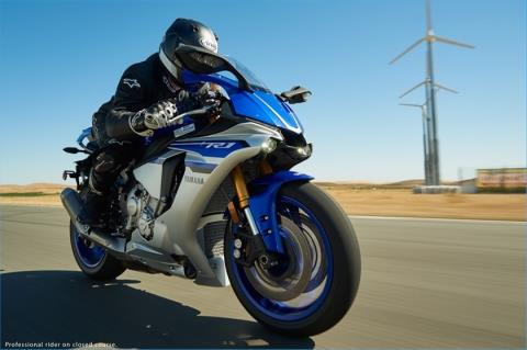 2016 Yamaha YZF-R1 in Norfolk, Virginia - Photo 20