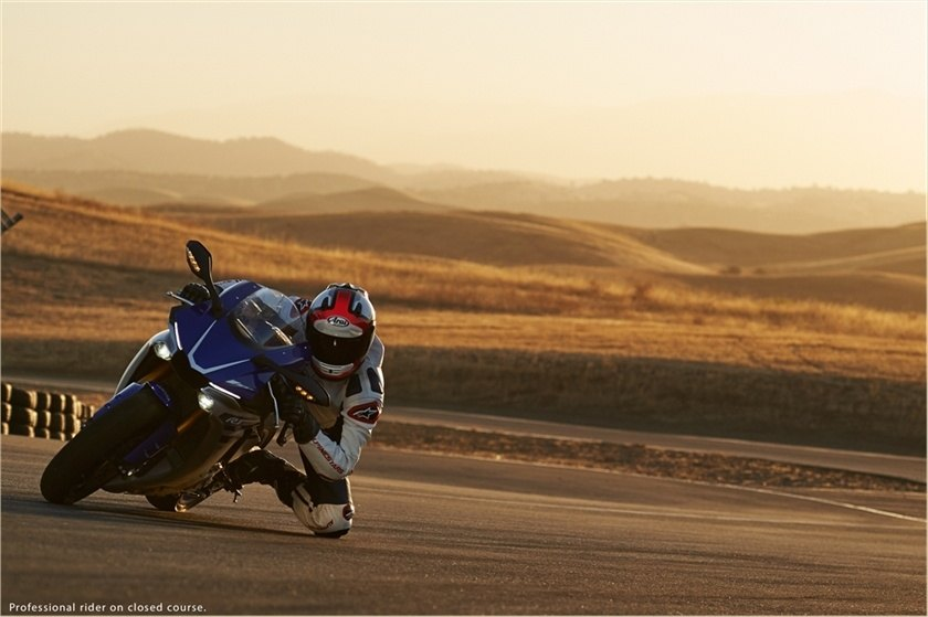 2016 Yamaha YZF-R1 in Norfolk, Virginia - Photo 29