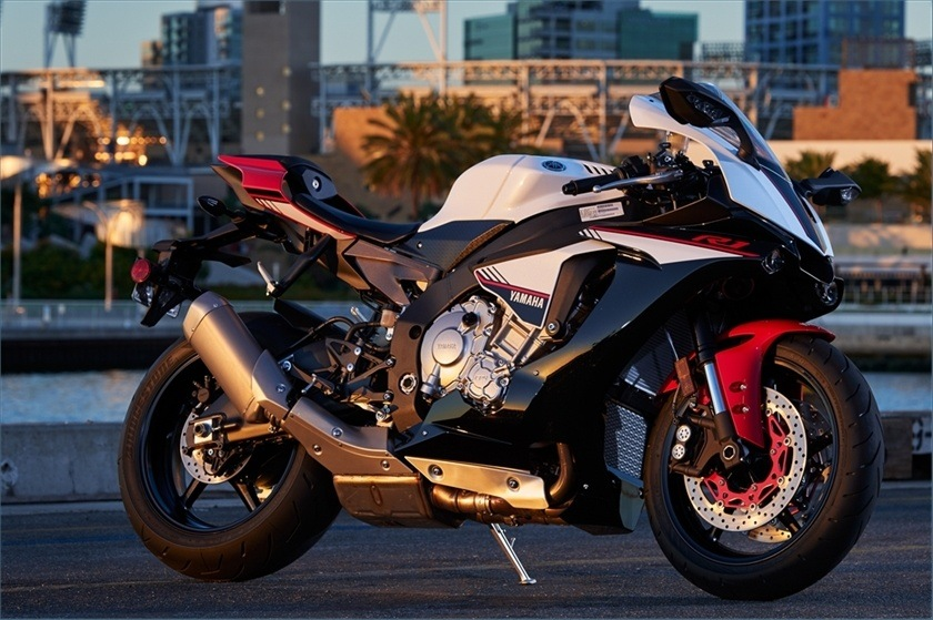 2016 Yamaha YZF-R1S in San Jose, California
