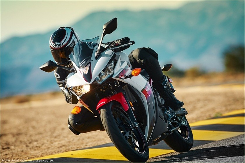 2016 Yamaha YZF-R3 in Glen Burnie, Maryland