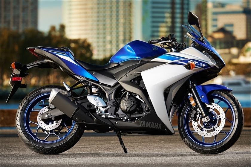2016 Yamaha YZF-R3 in Romney, West Virginia