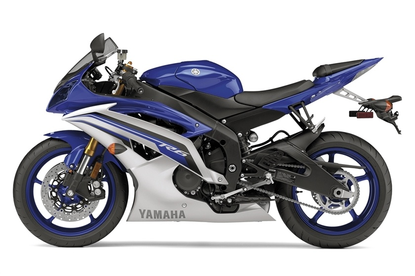 2016 Yamaha YZF-R6 in Clarence, New York