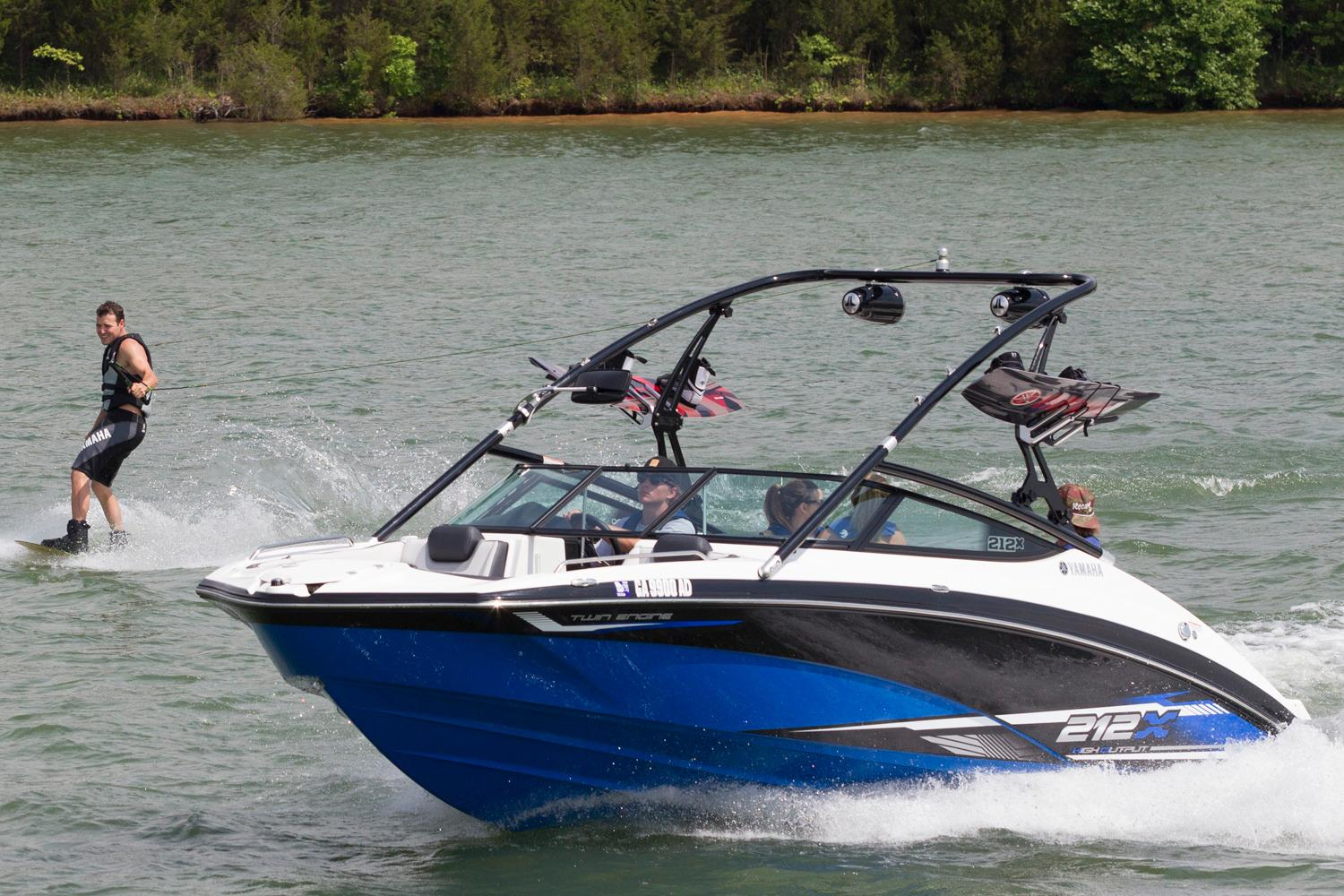New 2016 Yamaha 212X Power Boats Inboard in Lafayette, LA