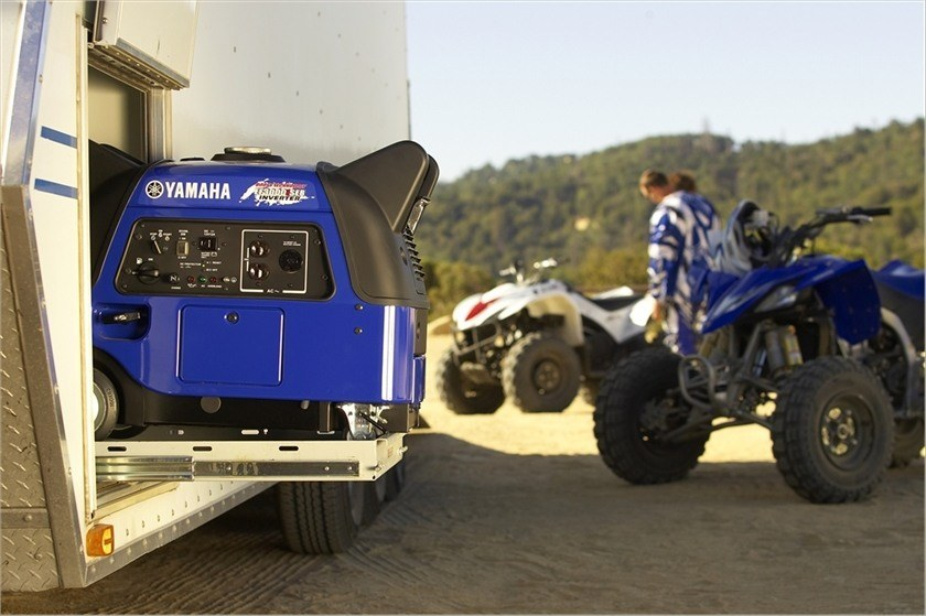 2016 Yamaha EF3000iSEB in Webster, Texas